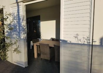 Bi-Parting Sliding Door with Ali Louvres 1