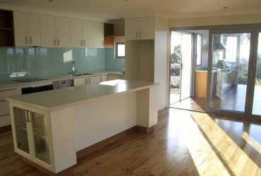Light Blue Splashback | Bunbury City Glass
