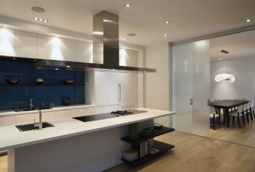 Splashback & Acid Etched Door | Bunbury City Glass