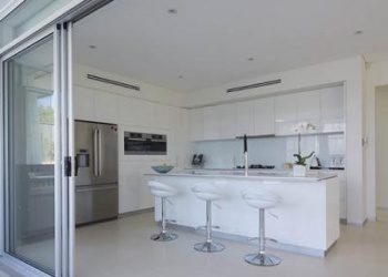 Sliding Doors | Bunbury City Glass